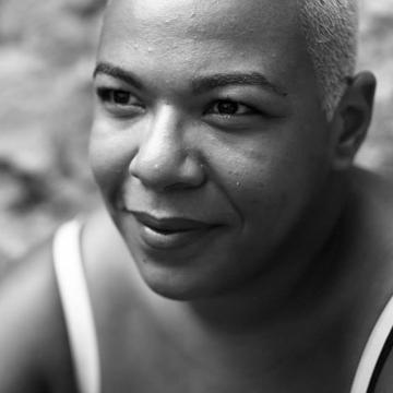 Meta Tshiteya autrice de Avez-vous le sens de l'amour éditions Envolume collection Sur le divan